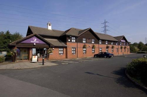 Premier Inn Walsall (M6, J10)