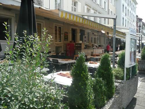 Antike Hotel Hecht am Rhein