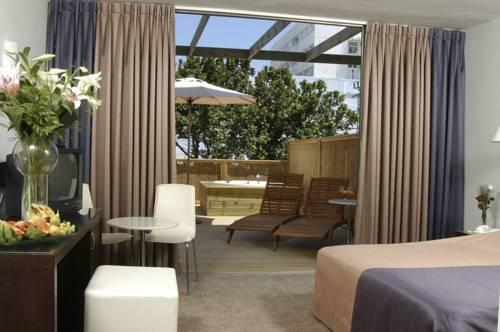 The New Carlton Nahariya Hotel