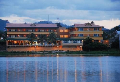 Hotel Peten Esplendido - Hotel and Conference Center