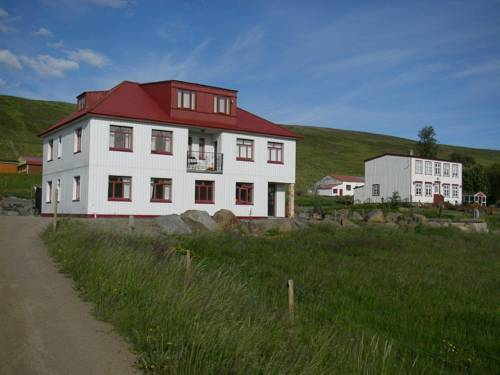 Guesthouse Storu-Laugar