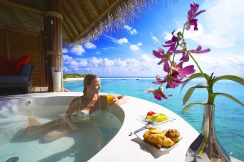 Island Hideaway at Dhonakulhi Maldives, Spa Resort & Marina