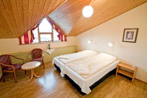 Bakkaflöt Guesthouse