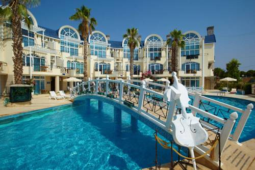 Turqualty Club (Seahorse Deluxe Hotel)