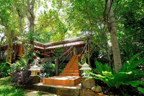 Viva Chiang Mai Yoga Meditation Home Stay