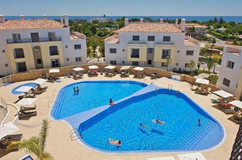 O Pomar Holiday Village