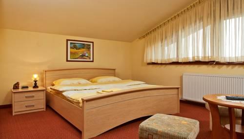 Rooms Pleška