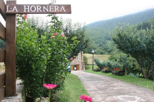 Casas Rurales y Apartamentos La Hornera