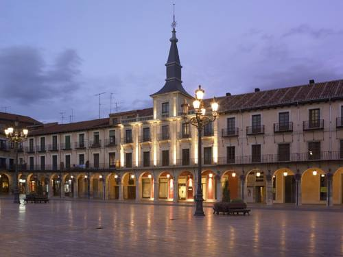 NH Plaza Mayor