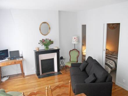Apartment Avenue Daumesnil Paris