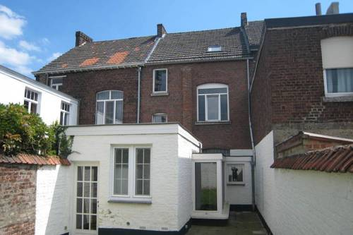 Holiday Home Herenhuis Sint Truiden