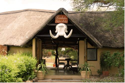 Kambaku Lodge