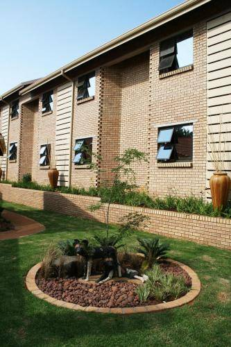 Europrime Guest House OR Tambo