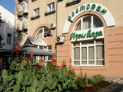 Tri Vyaza Hotel