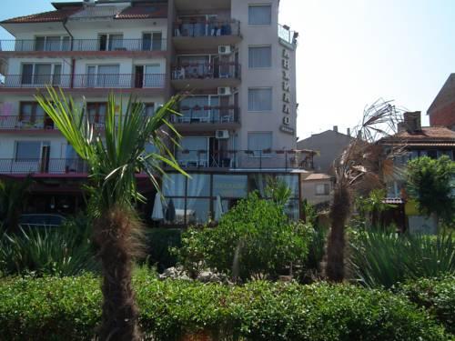 Anhialo Beach Family Hotel