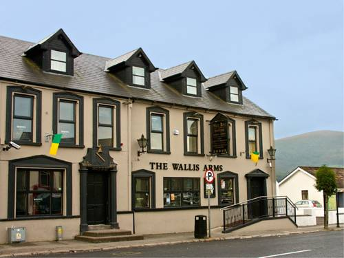 Wallis Arms Hotel