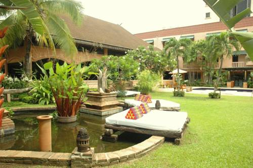 Holiday Garden Hotel & Resort