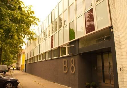 Hotel B8