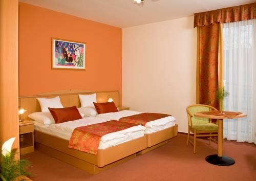 Hotel Kálvária II