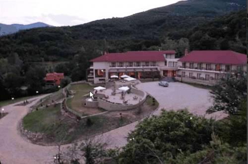 Veltsi Hotel