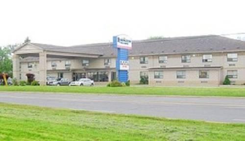 Lexington Inn & Suites