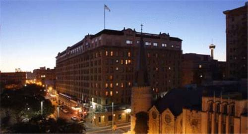 The St. Anthony Riverwalk - A Wyndham Historic Hotel