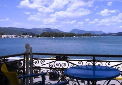 Poros Town Hotel