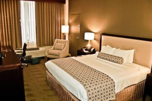 Crowne Plaza Cincinnati North