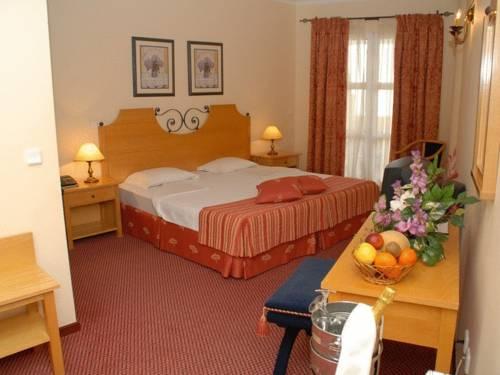 Hotel Pico Da Urze - Paul Da Serra