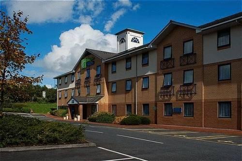 Holiday Inn Express Swansea West M4, JCT.43