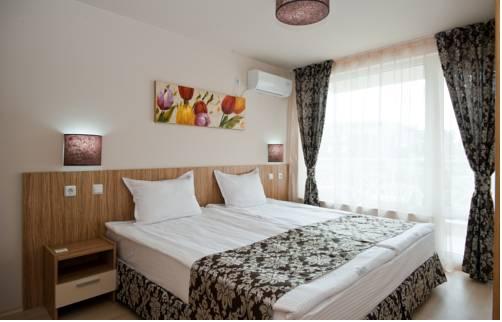 Karlovo Hotel- Half Board