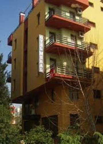 Meral Hotel