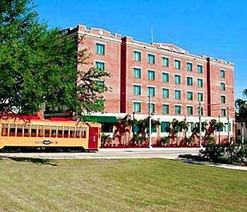 Hampton Inn & Suites Tampa Ybor City Downtown