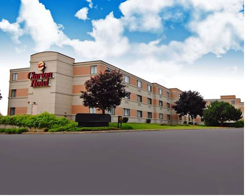 Clarion Hotel Airport Milwaukee
