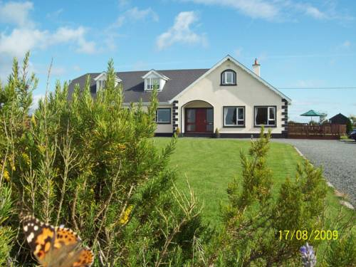 Carrigbyrne Lodge Country B&B