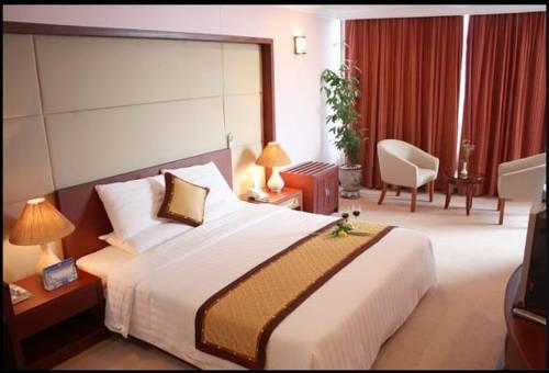 Tung Shing Halong Pearl Hotel