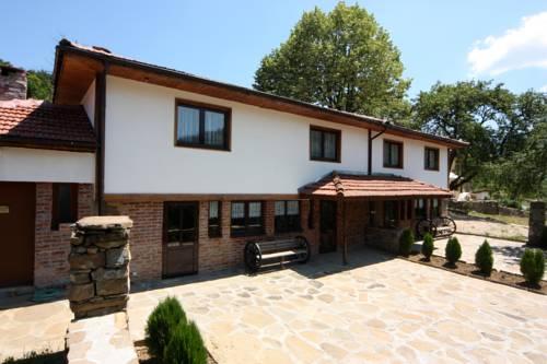 Boaza Houses