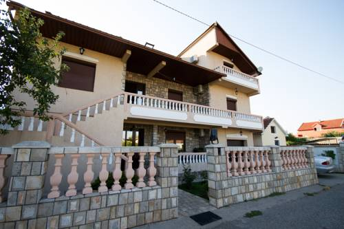 Private Accommodation Gornja Gorica