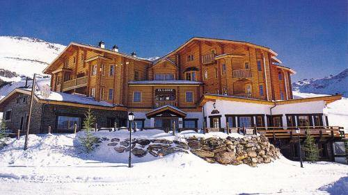 El Lodge, Ski & Spa