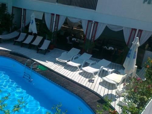 Hotel Caza Blanca