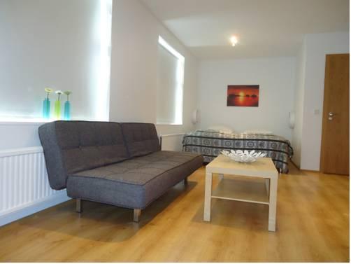 B28 Apartments