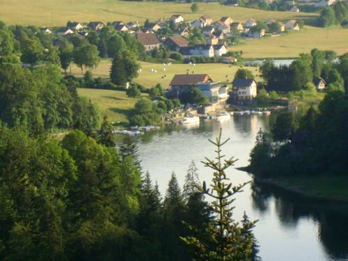 Les Rives Du Doubs