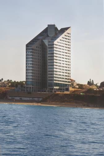 Okeanos Suites Hotel