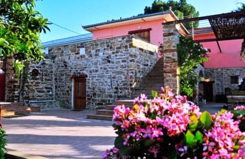 Mouzaliko Traditional Hotel
