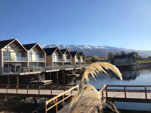 Pisa Range Lake Resort