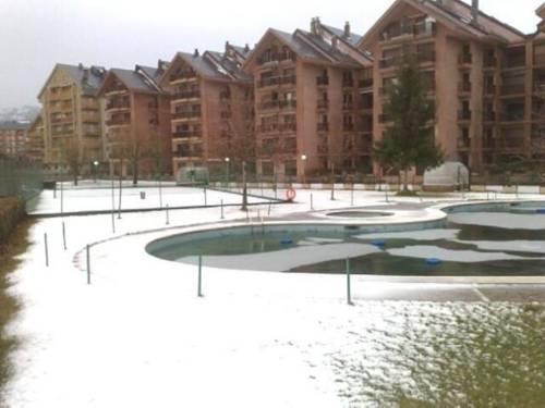 Apartamentos 3000 Jaca