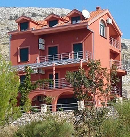 Apartments Ivanica
