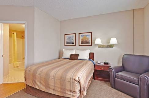 ​Candlewood Suites East Syracuse- Carrier Circle