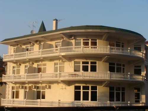 Raduga-Prestige Hotel