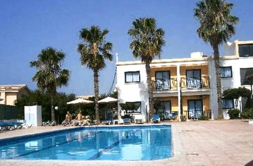 Carina Hotel Apartments